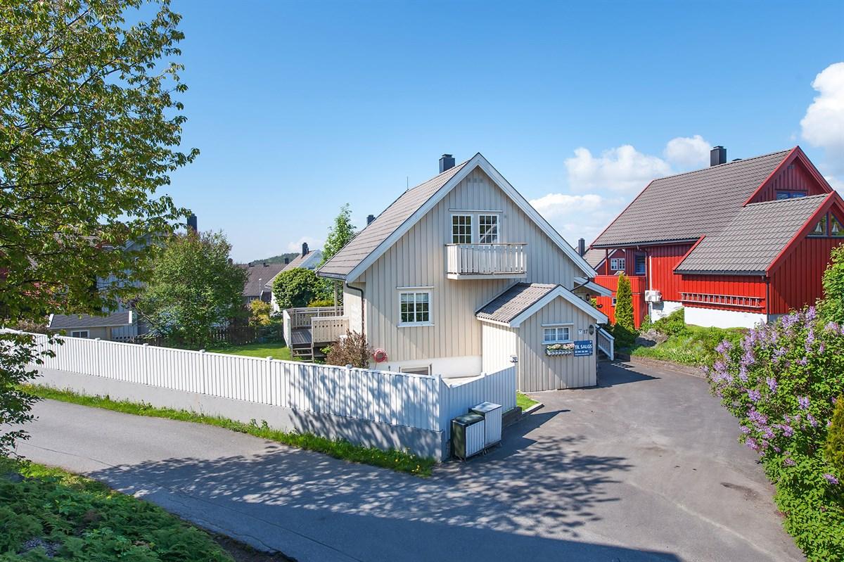 Enebolig - arendal - 1 990 000,- - Meglerhuset & Partners