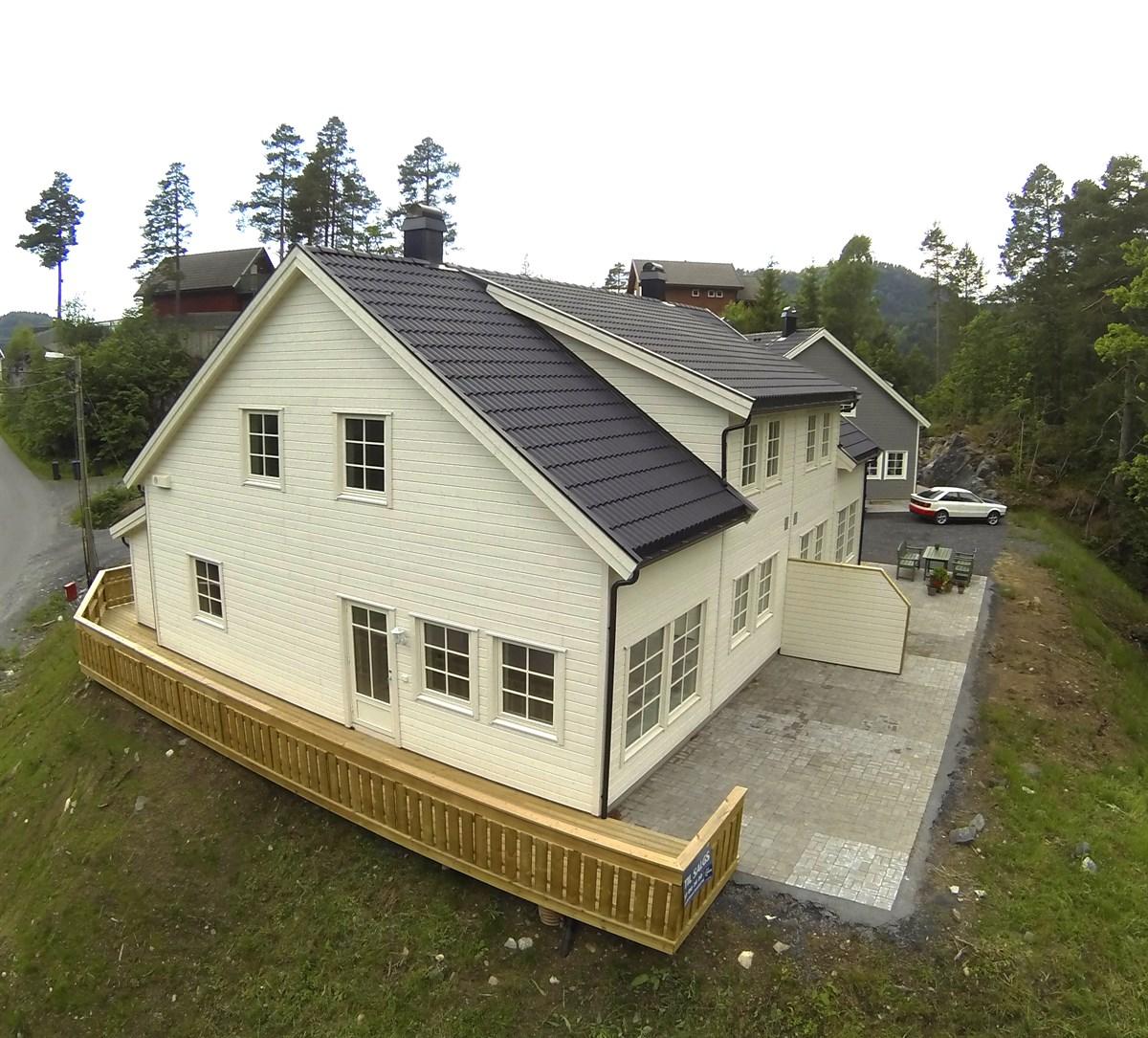 Tomannsbolig - søndeled - 1 990 000,- - Meglerhuset & Partners