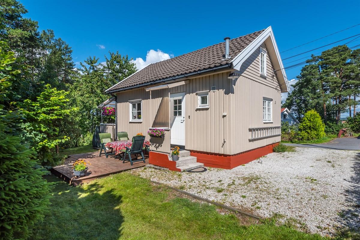 Fritidseiendom - fevik - 1 590 000,- - Meglerhuset & Partners
