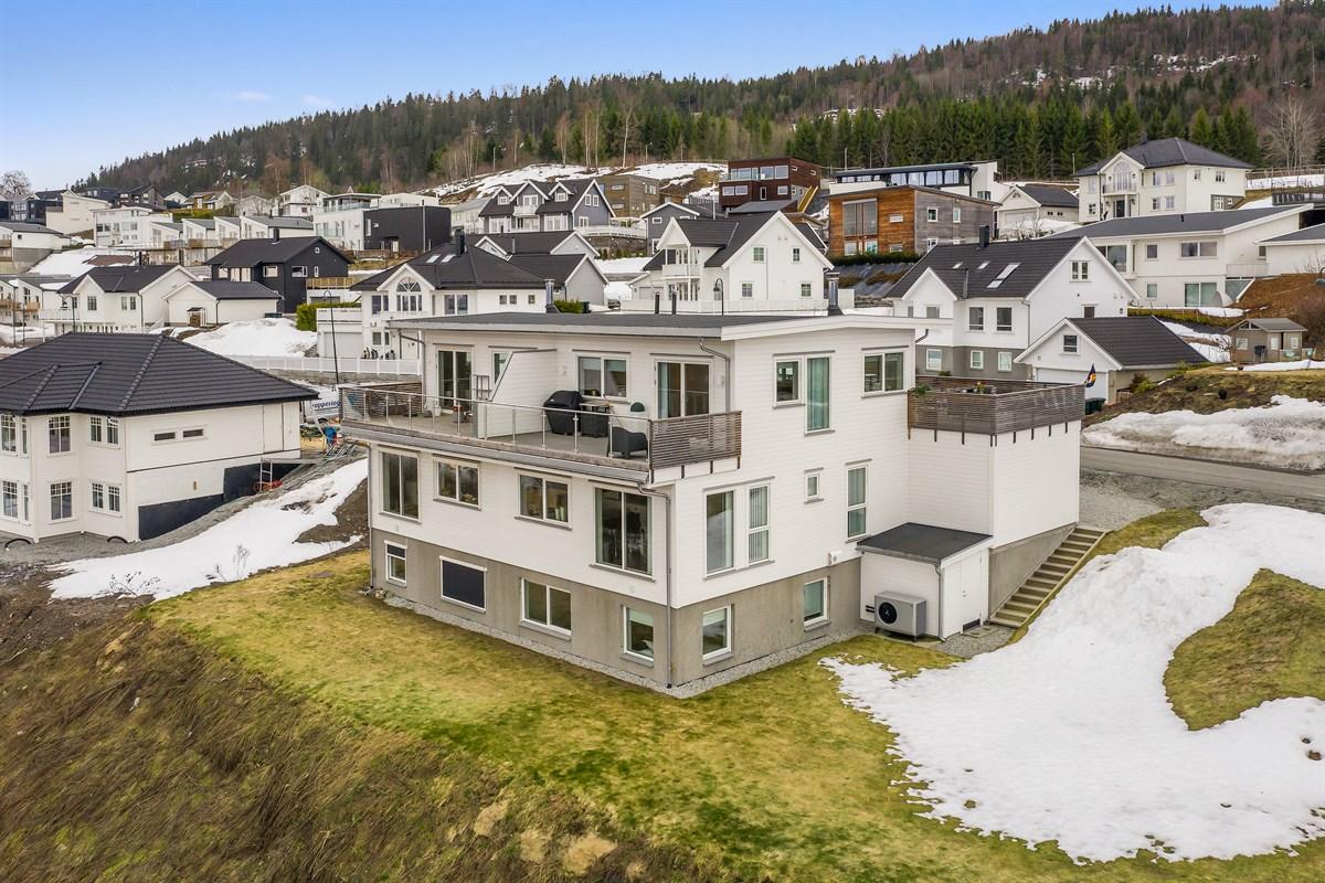 Tomannsbolig - lier - 6 190 000,- - Meglerhuset & Partners