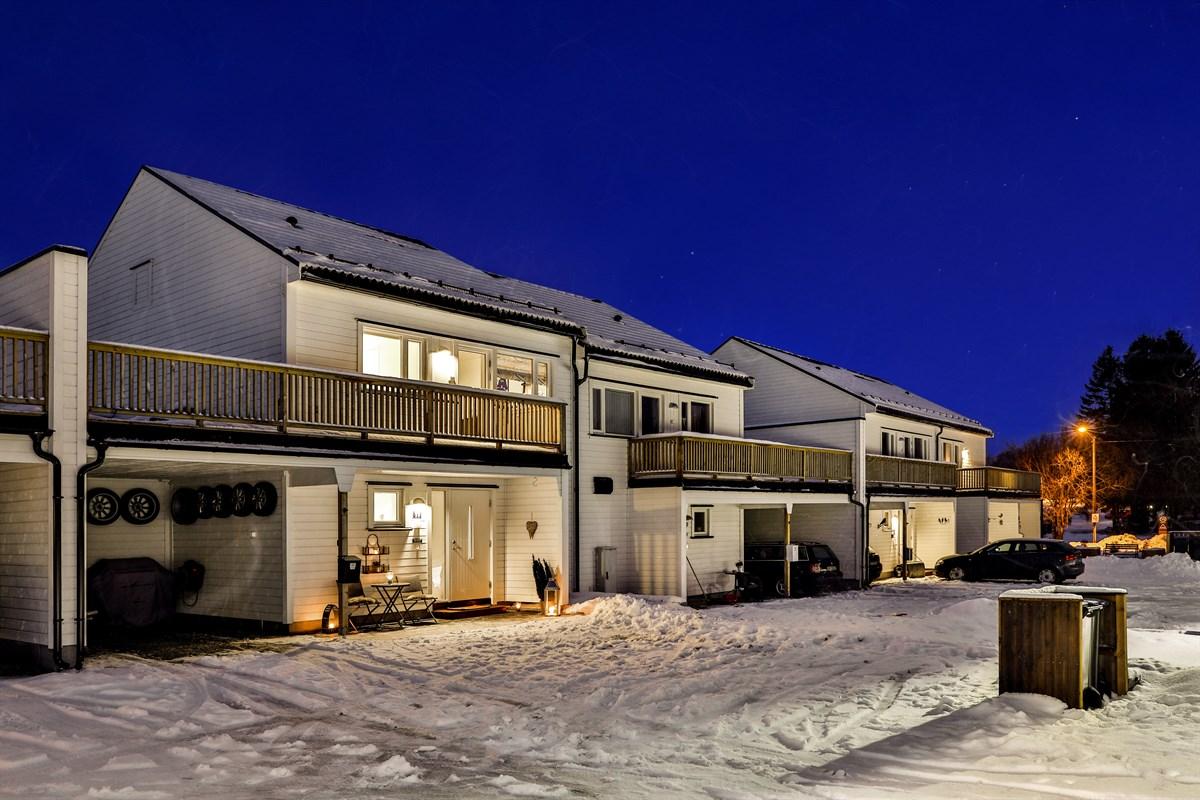 Enebolig - borgenhaugen - 3 290 000,- - Grimsøen & Partners