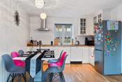 Kjøkken med gos plass til spisestue