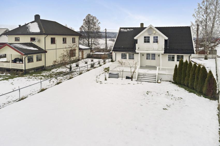 Proaktiv Eiendomsmegling v/ Eirik Gundersen ønsker velkommen til Gauteidveien 29 på Leirsund.