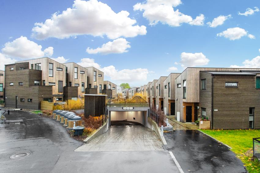 Velkommen til et arkitektonisk og påkostet boligsameie.