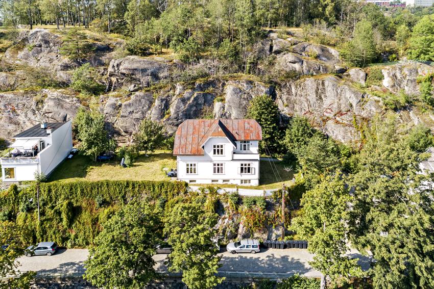 Rødsveien 5 - Meget godt investeringsobjekt med 4 enheter utleid for 380.000,- pr. år.