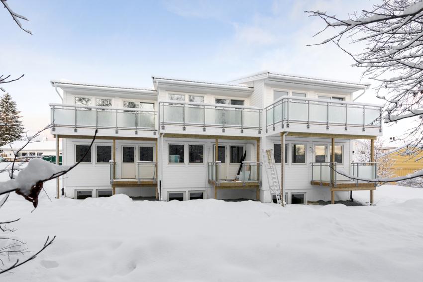 Proaktiv Eiendomsmegling- Dette bildet er tatt av rekkehusene i byggetrinn 1. Rekkehusen i byggetrinn 2 er så og si like.