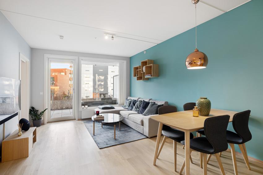Proaktiv Ensjø, ved Anna Löfdahl har gleden av å presentere denne moderne og lyse 2-roms leiligheten, som stod ferdig i 2018