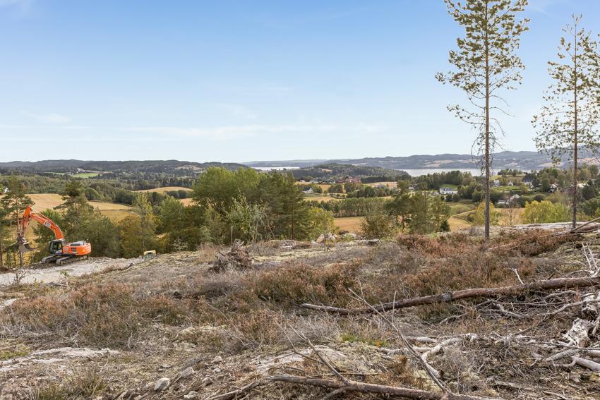 Fjellsrudåsen, attraktive utsiktstomter - tomt nr. 10 og 29. Byggeklare med vann, vei og avløp til tomtegrensen.