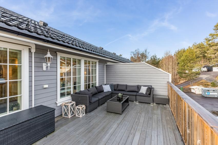 Proaktiv Eiendomsmegling ønsker velkommen til Fetveien 2296, rolig beliggende på Enebakkneset.
