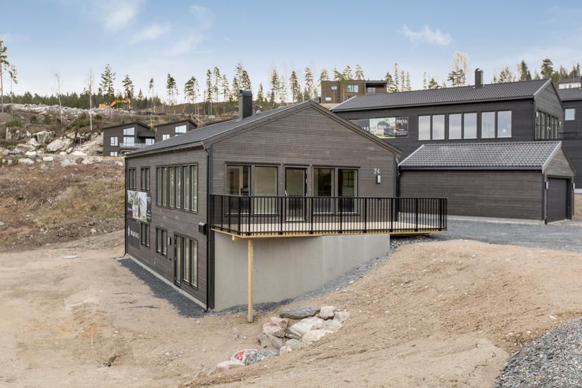 Grånåsen - stor, nyoppført enebolig med dobbel garasje og solrik terrasse.