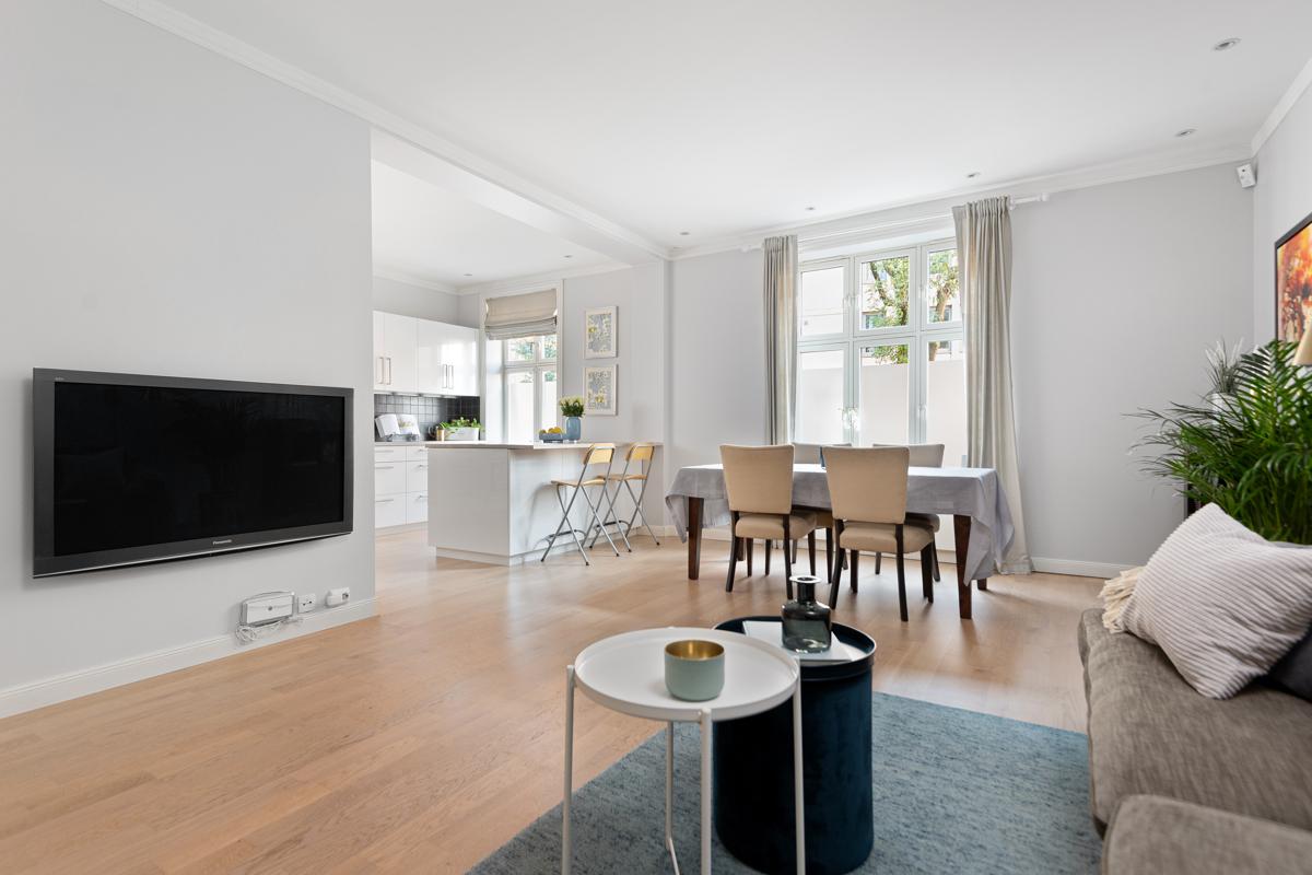 Velkommen til Lassons gate 3 og denne flotte leiligheten!