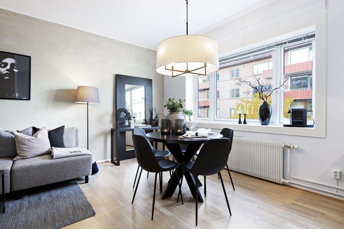 Kjerstin Falkum (tlf 922 04 707) ved Schala & Partners har gleden av å presentere denne lekre leiligheten i Sandefjordgata 3E!