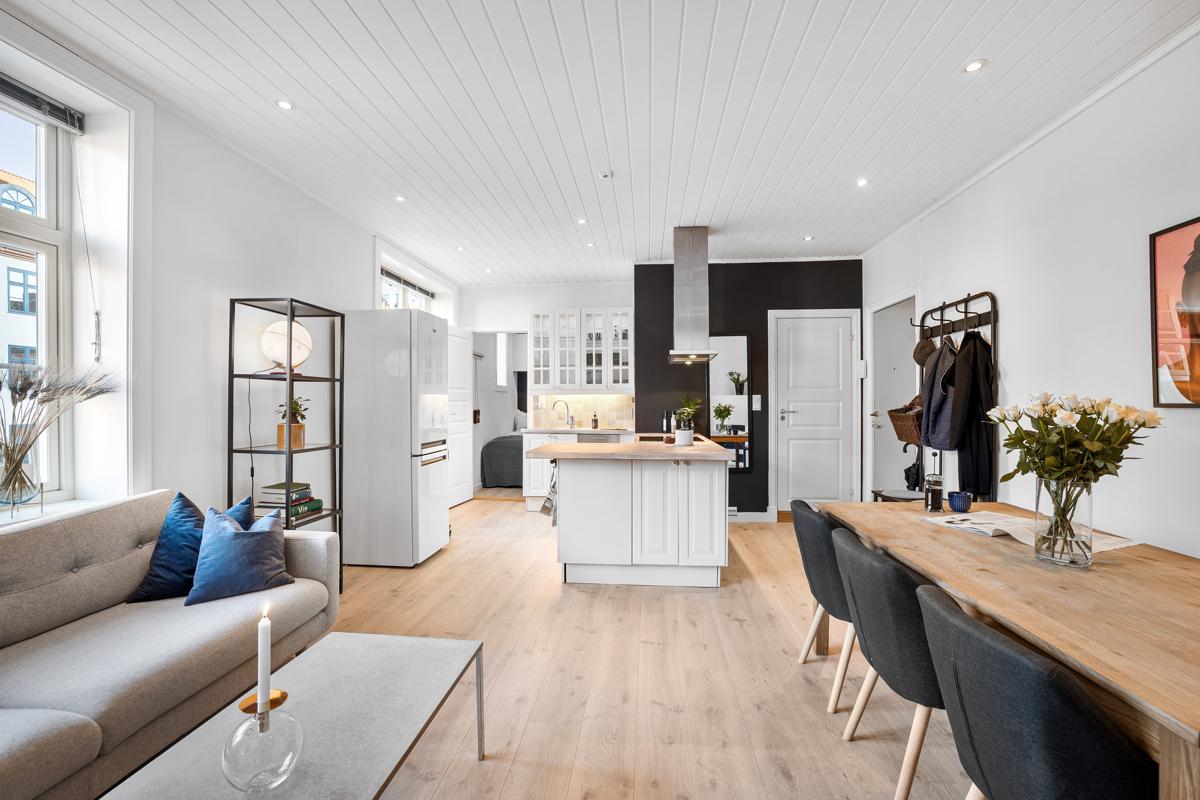 Velkommen til Torshov og Krebs` gate 7 A. Leiligheten er presentert av Lene Brekken i Schala & Partners eiendomsmegling.