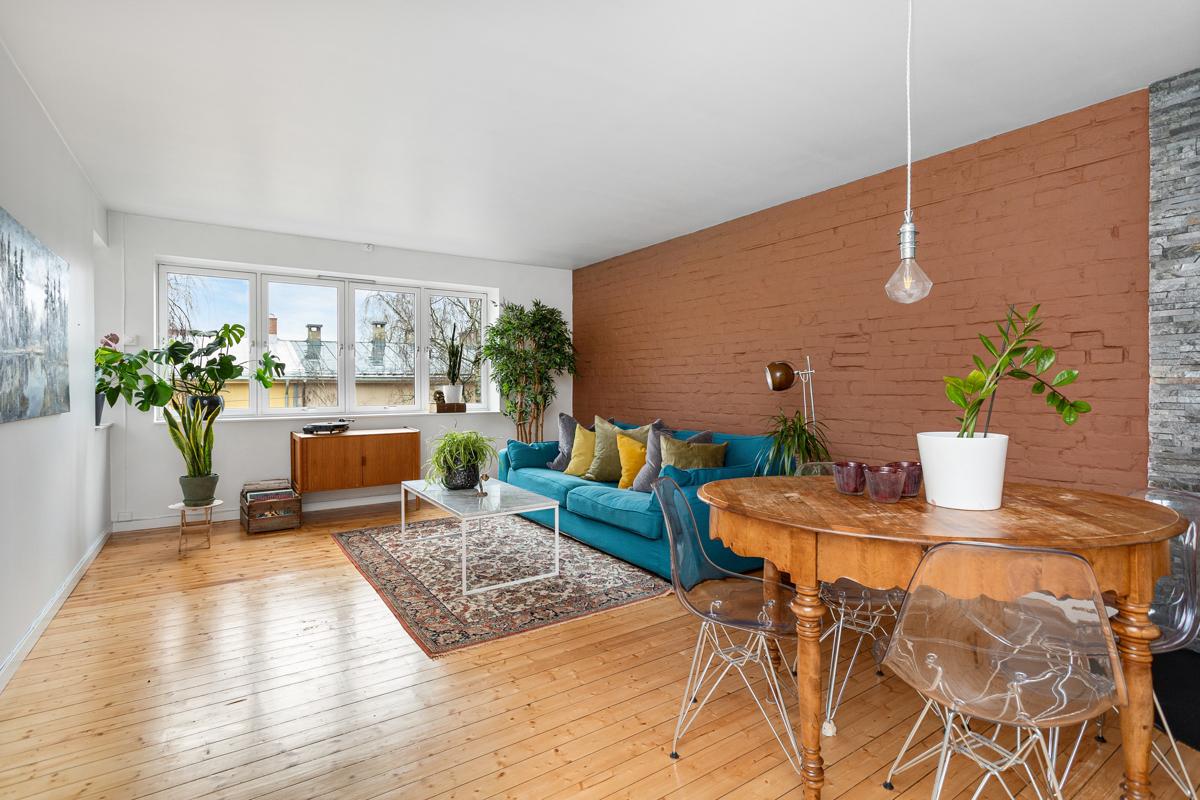 Velkommen til Sigurd Lies gate 24. Leiligheten er presentert av Oscar A. Halsen i Schala & Partners eiendomsmegling.