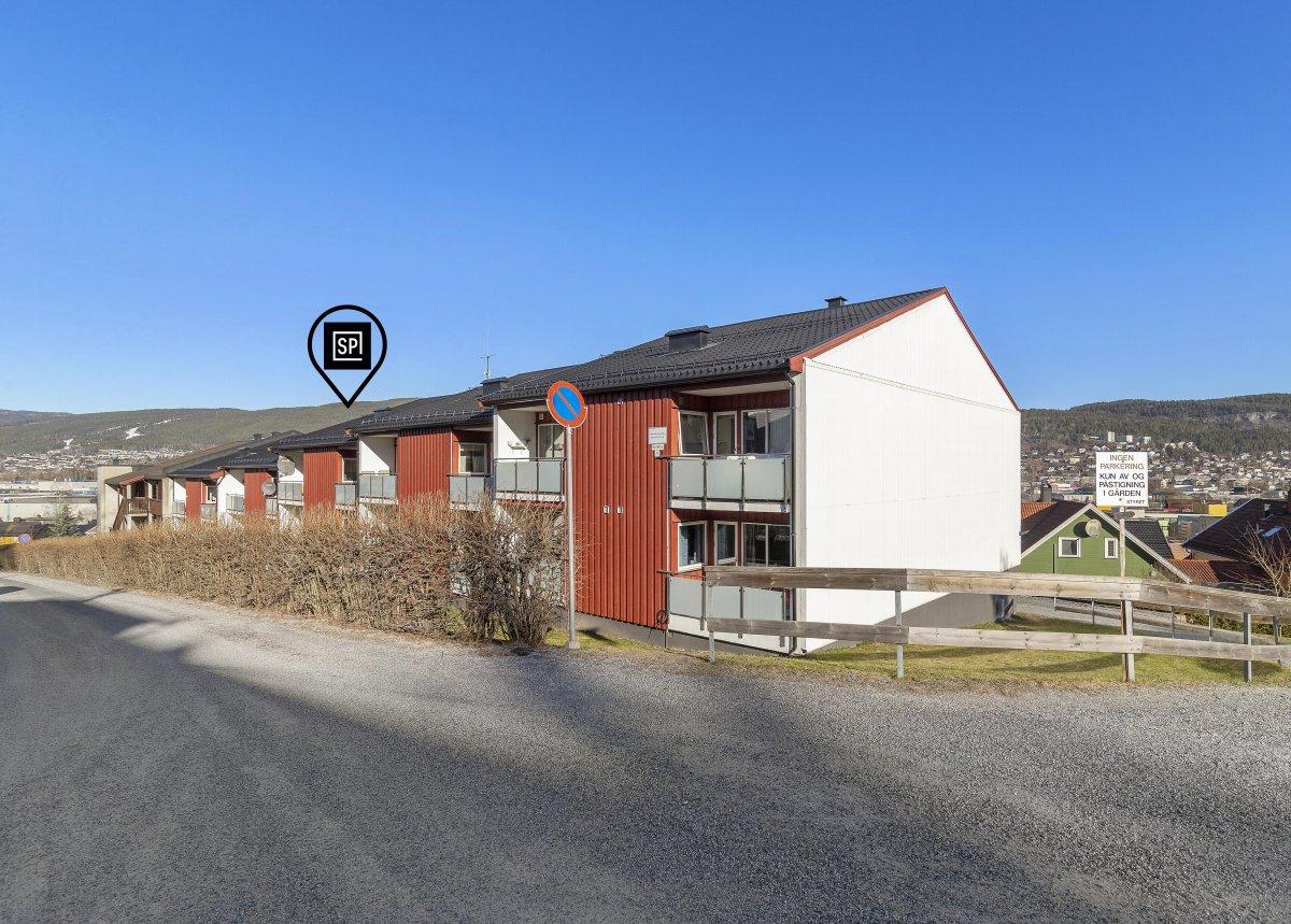 Velkommen til Bjørkelia 11c. Presentert av Eiendomsmegler MNEF Jørgen Berg.