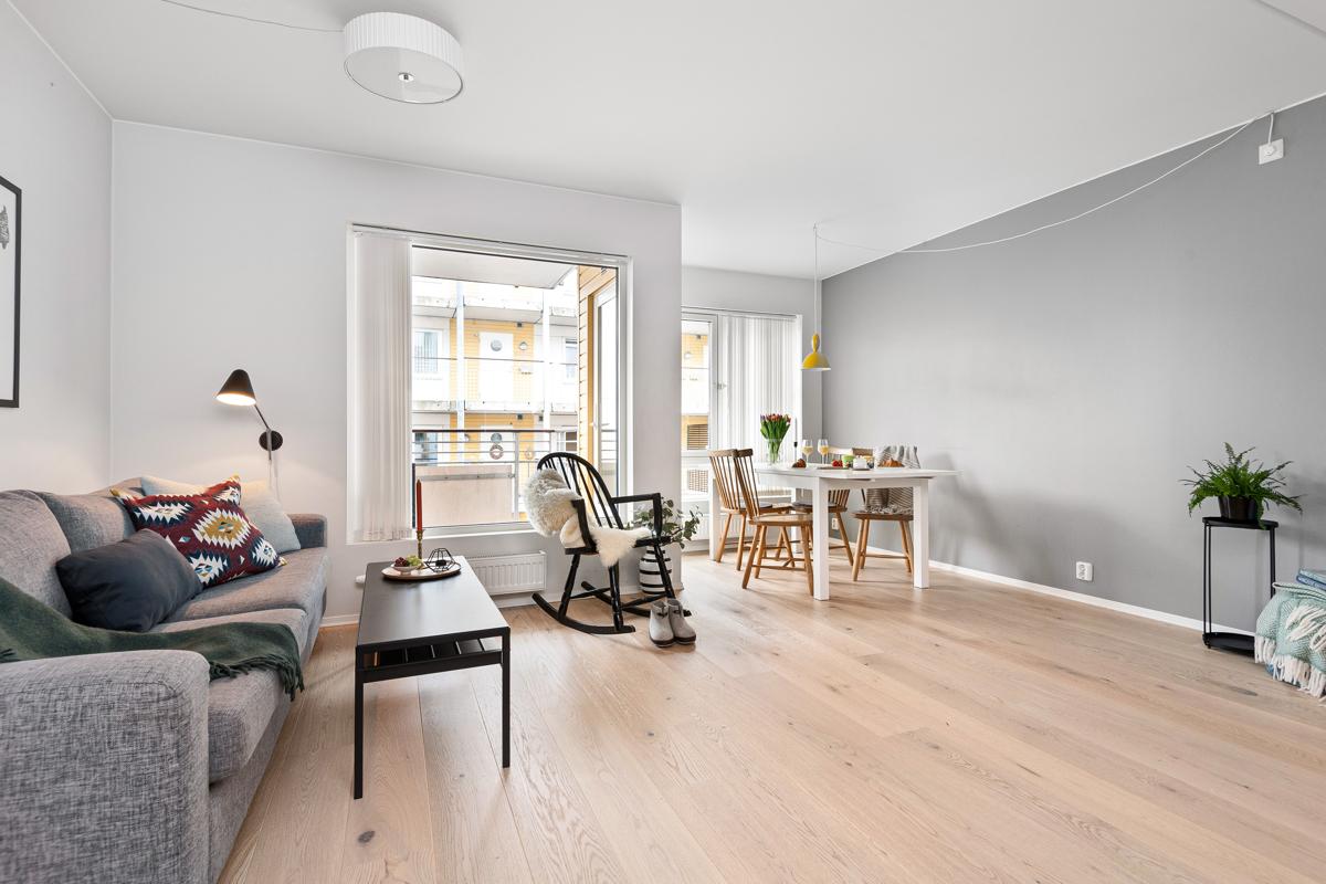 Steffen Usterud (924 99 143) ved Schala & Partners har gleden av å presentere denne lekre leiligheten i Kanonhallveien 58F!