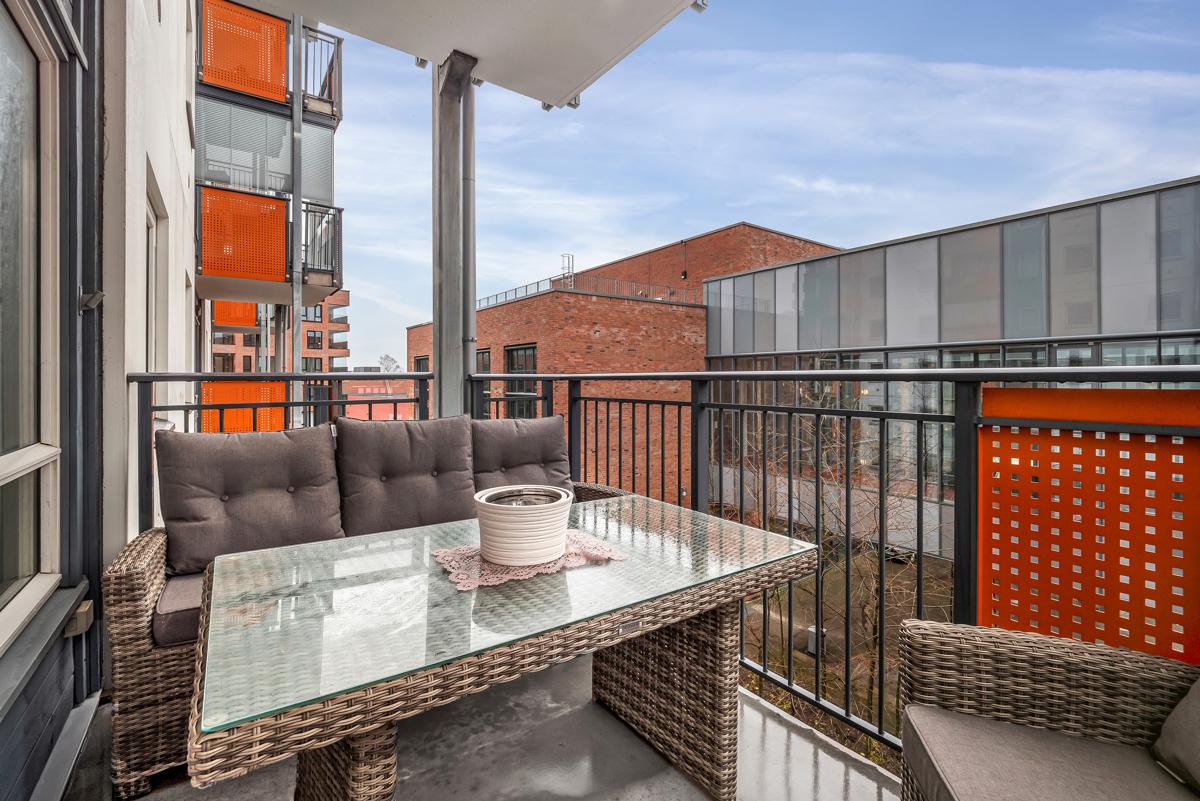Christopher Morgenstierne (tlf 934 24 285) har gleden av å presentere denne leiligheten i Frydenbergveien 50!