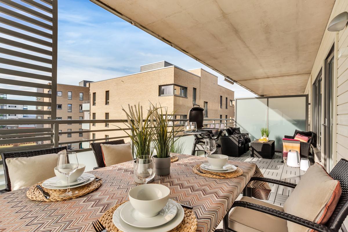 Torfinn Sørvang (tlf 977 59 812) ved Schala & Partners har gleden av å presentere denne lekre leiligheten i Ullagerveien 7!